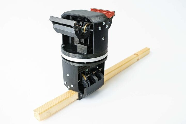 Robotic assembly hardware [Source: University of Stuttgart]