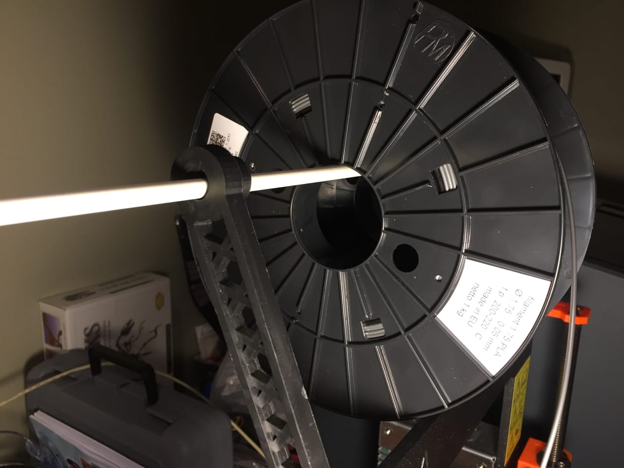 A spool with an oversize hub diameter doesn't quite fit on this 3D printer