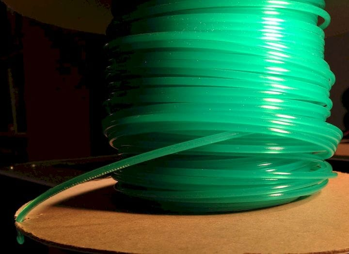 Dealing with filament spool issues [Source: Fabbaloo]