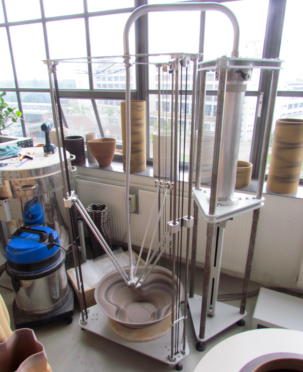 Olivier van Herpt's prototype ceramic 3D printer