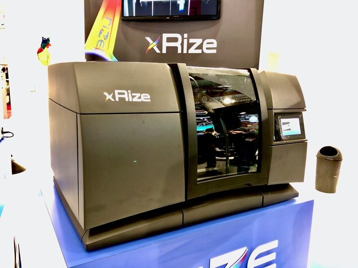 The full color XRIZE 3D printing system from Rize [Source: Fabbaloo]