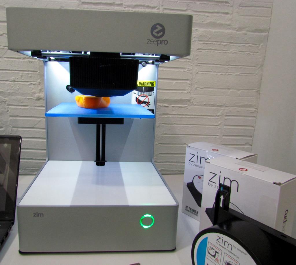 Zeepro's Smooth Consumer-Oriented Zim 3D Printer