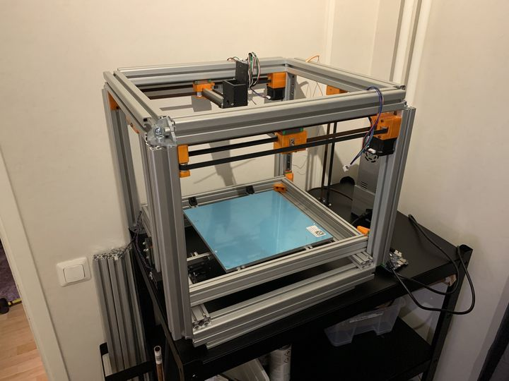 Blackbox: The High Quality Open Source 3D Printer