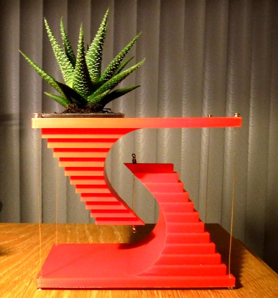 Design of the Week: Tensegrity Planter