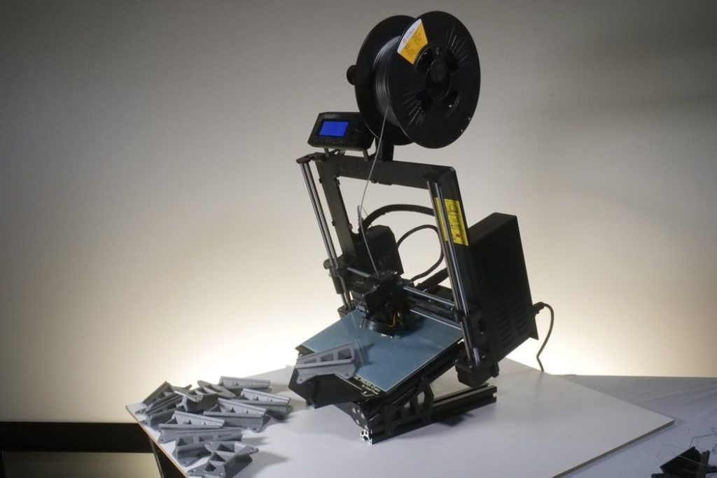 Automated 3D Printing on Prusa Equipment With Quinly